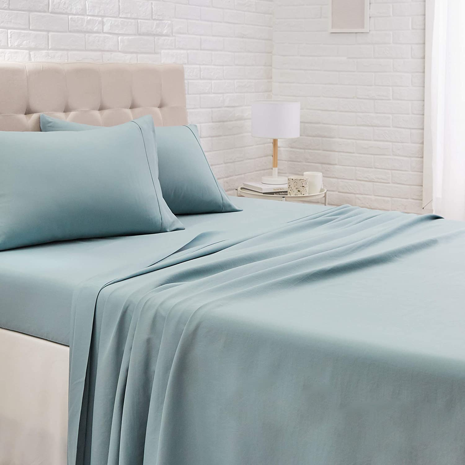 AmazonBasics Microfiber King Bed Sheet Set