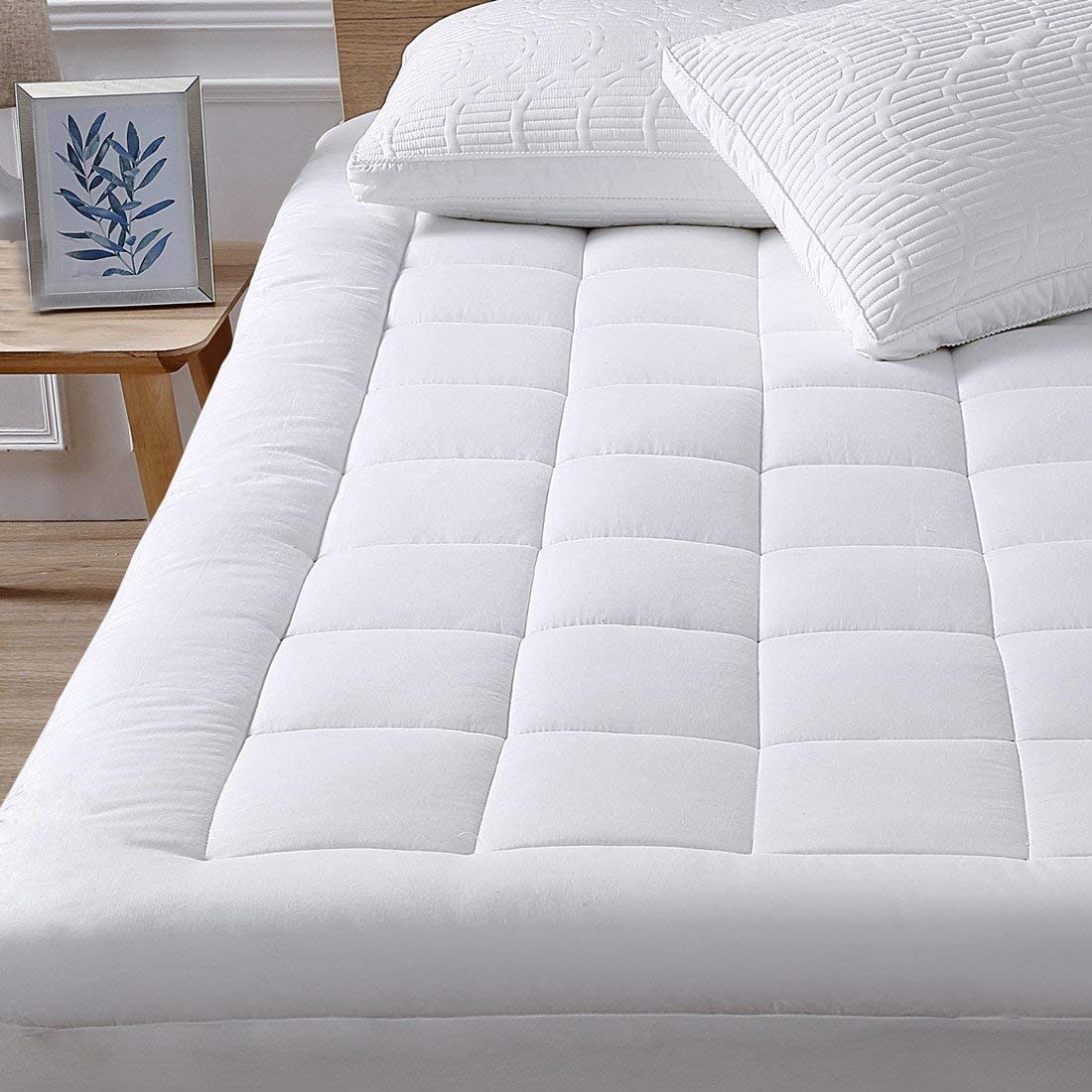 oaskys Cooling Pillow Top Queen Mattress Pad